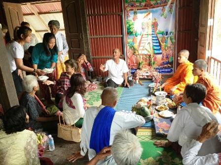Religion au Cambodge, Moines
